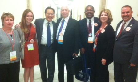 Florida Arts Advocates, led by State Captain Sherron Long from Florida Cultural Alliance (second from right), meet Yo-Yo Ma on Arts Advocacy Day 2013. Credit: Florida Cultural Alliance.